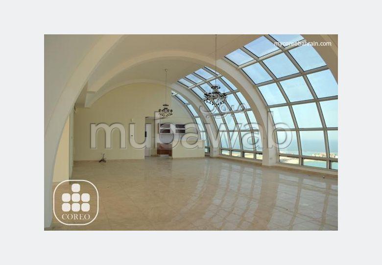 Extremely Spacious & Light Penthouse at Amwaj