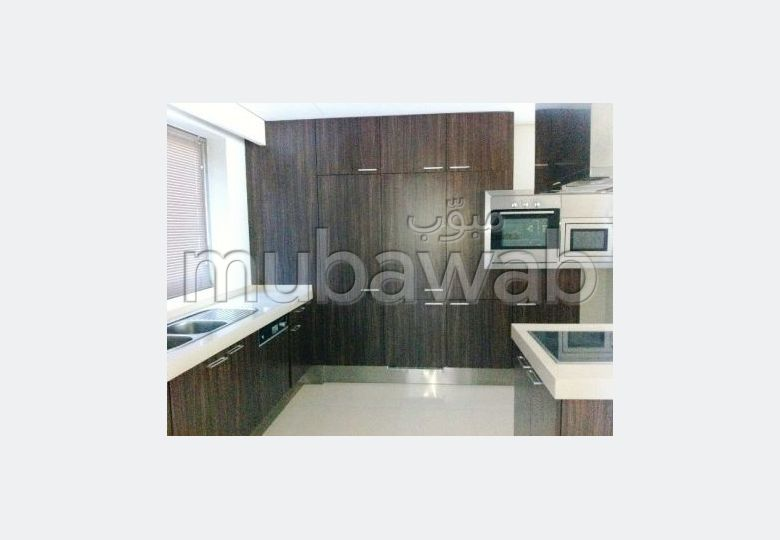 3 BR apartment for sale in Reef Island