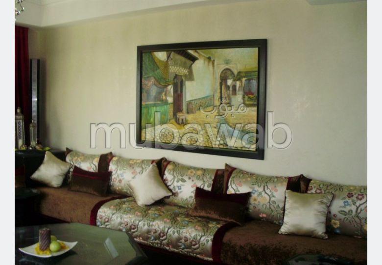 Appartement à Hay Riad. Avec garage