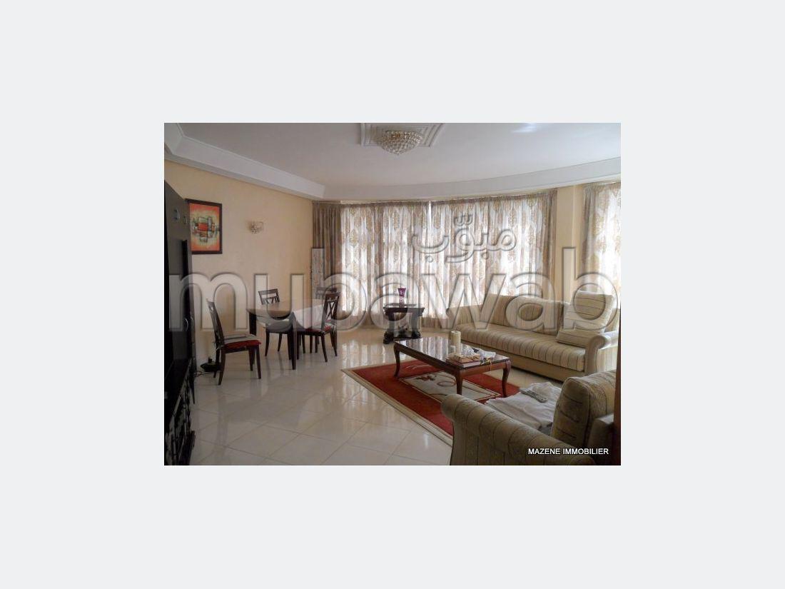 شقة مساحتها 0م²، مفروشة، مطبخ مجهز، 3 غرف، طنجة المدينة