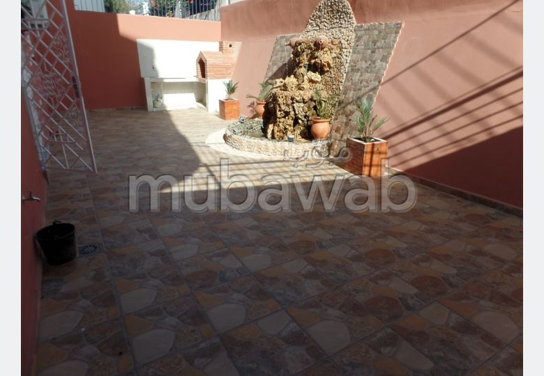 Apartment for rent in Hay Dakhla. 4 large rooms. Fully furnished.