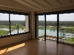 Magnificent villa for rent. Dimension 550 m². Large swimming pool.