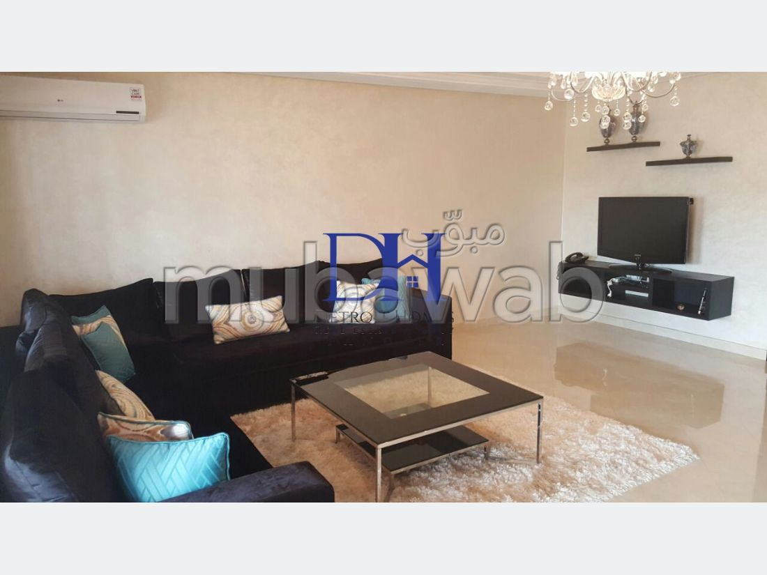 Apartment for rent in Marjane. Large area 160 m². Storage unit.