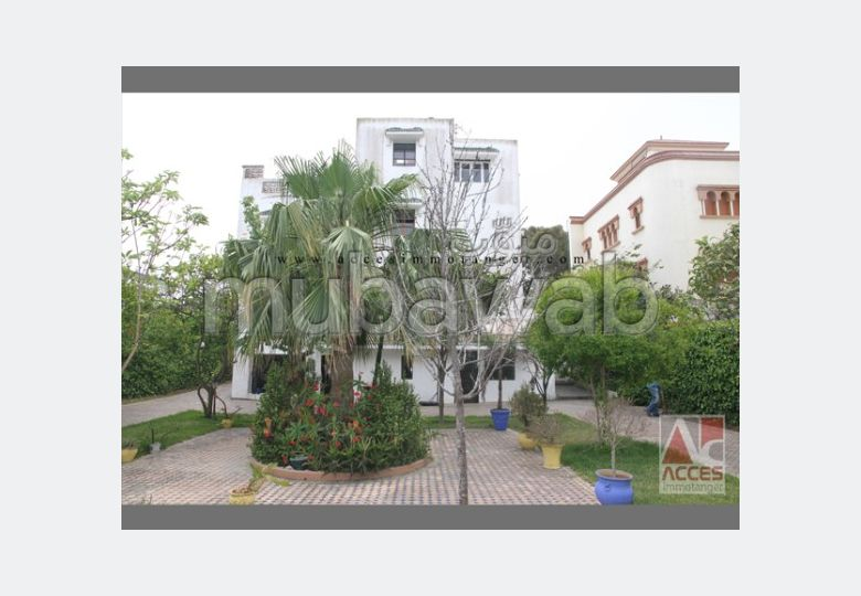 Spacieuse villa vide a vendre
