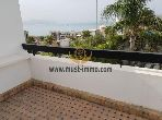 High quality villa for rent in Malabata. Total area 275 m². Swimming pool and caretaker service.