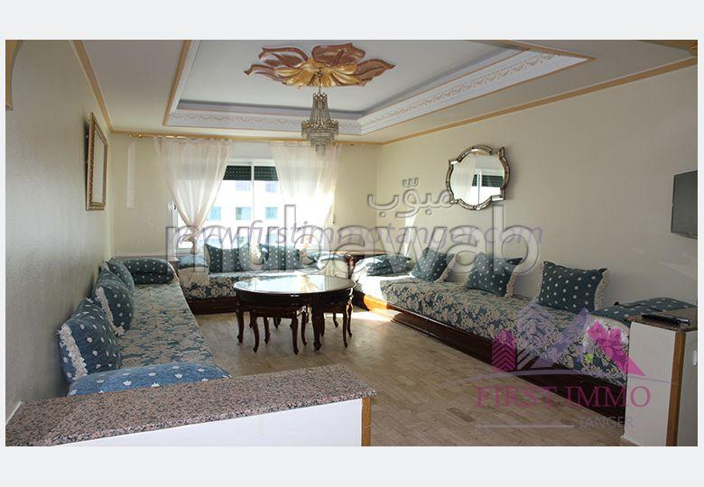 شقة مساحتها 128م²، مطبخ مجهز، شرفة، طنجة المدينة