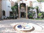 Esplendida villa en venta en Ain Chock. 10 Estudio. Salón tradicional, antena parabólica general.