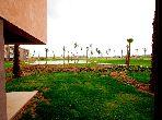 شقة مساحتها 100م²، حديقة، مسبح، جيليز