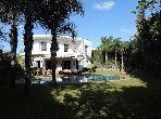 فيلا مساحتها 1076م²، مطبخ مجهز، شرفة، 10 غرف، عين الشق