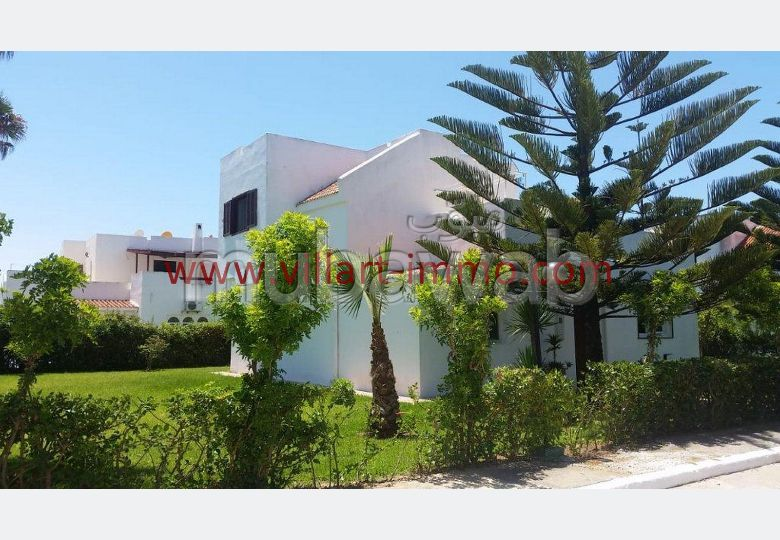 Luxury Villa for sale. Small area 200.0 m². Garden and terrace.