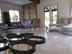 Splendid villa for sale in Californie. Surface area 900.0 m². Garden and garage.