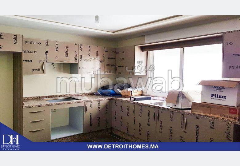 شقة مساحتها 87م²، 6 غرف