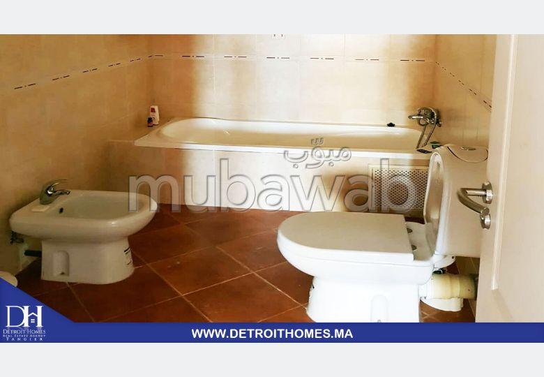 Alquila este piso en Malabata. 3 Hermosas habitaciones. Amueblado.