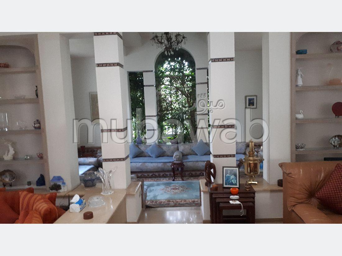 Villa commerciale ou habitation a vendre sur l'avenue de Nice