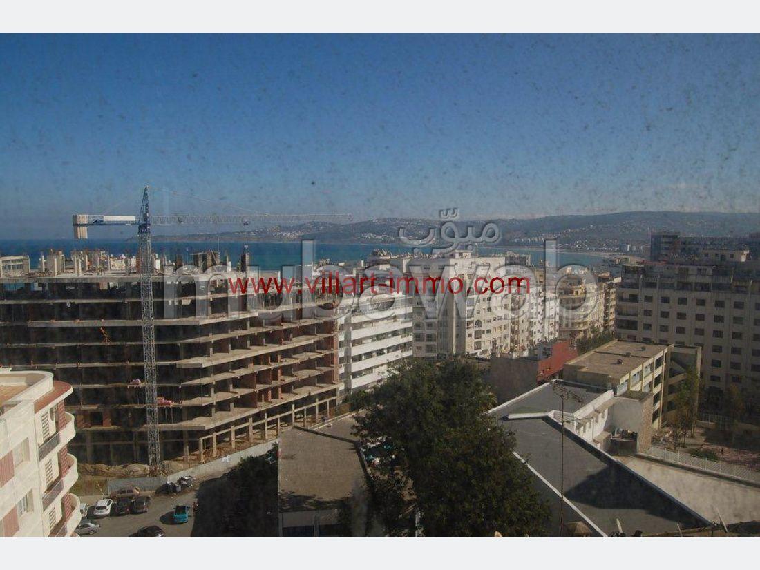 شقة مساحتها 336م²، شرفة، مصعد، 5 غرف، طنجة المدينة