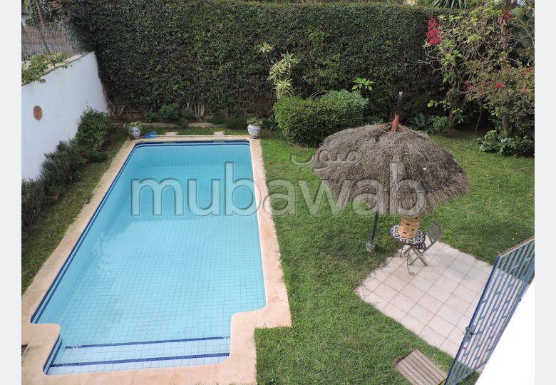 Av villa avec piscine sur 534 m2 casablanca cil