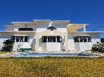 Luxury villa for sale in Jbel Kbir. 5 Large room. caretaker available, air conditioning system.