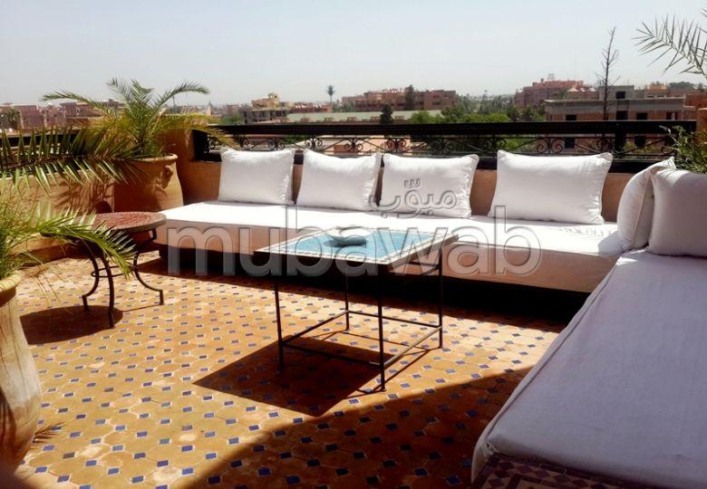 فيلا مساحته 116م²، شرفة، مسبح، جيليز