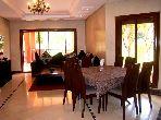 شقة مساحتها 160م²، مطبخ مجهز، شرفة، أكدال