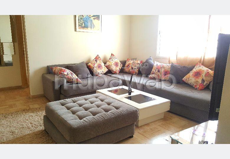 شقة رائعة للإيجار بغوثي. المساحة الكلية 75.0 م². مفروشة.