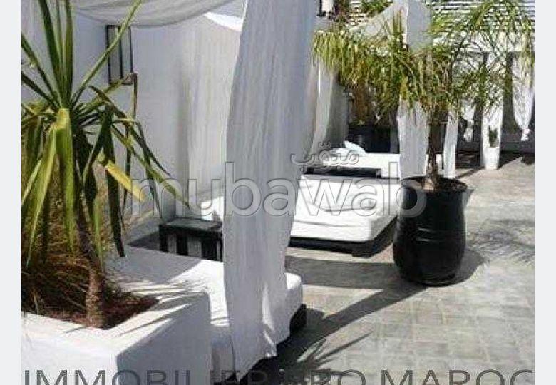 Maravillosa casa en venta. Área total 300 m². Aire condicionado integrado.