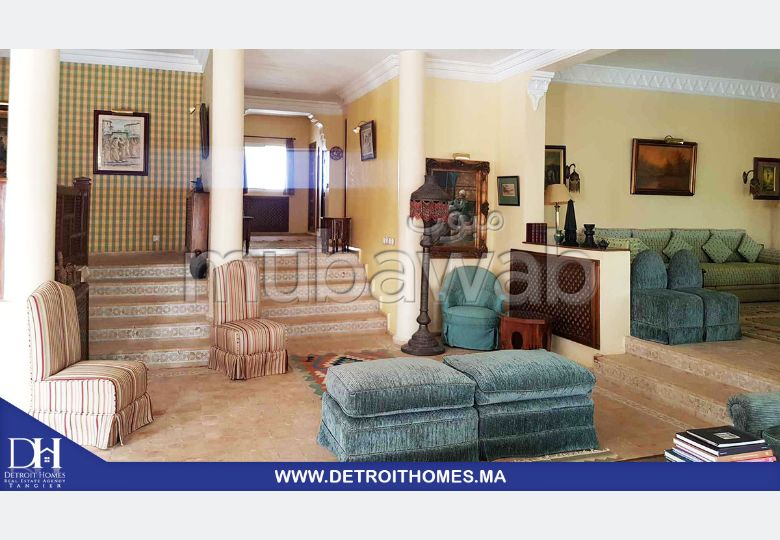 Beautiful villa for rent. 8 Rooms. Furnished.