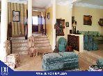 فيلا مساحتها 2500م²، مفروشة، شرفة، 8 غرف