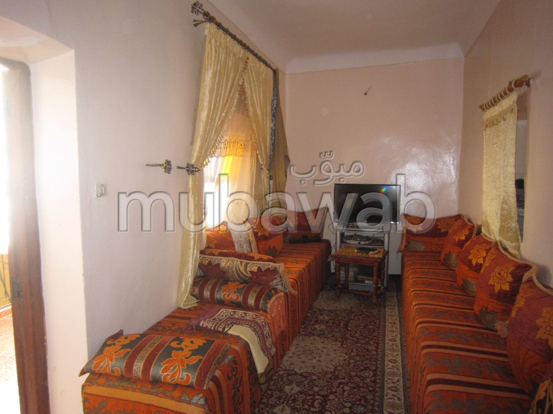 House for sale in Sidi Mimoun. 3 large rooms. Enclosed residence.