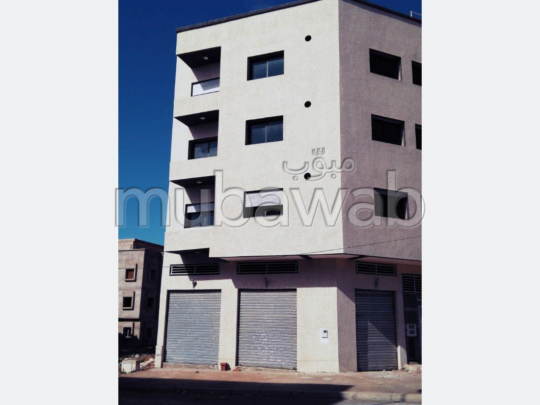 Busca pisos en venta en El Hadadda. 4 Estudio.