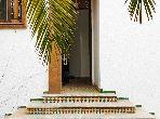 فيلا مساحتها 430م²، شرفة، حديقة، 13 غرف، القنيطرة