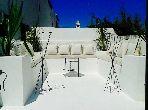 TANGER /ASILAH DANS UNE CHARMANTE MÉDINA PORTUGAISE 15e SIÈCLE, maison de charme construite autiur d'un patio avec des terrasses