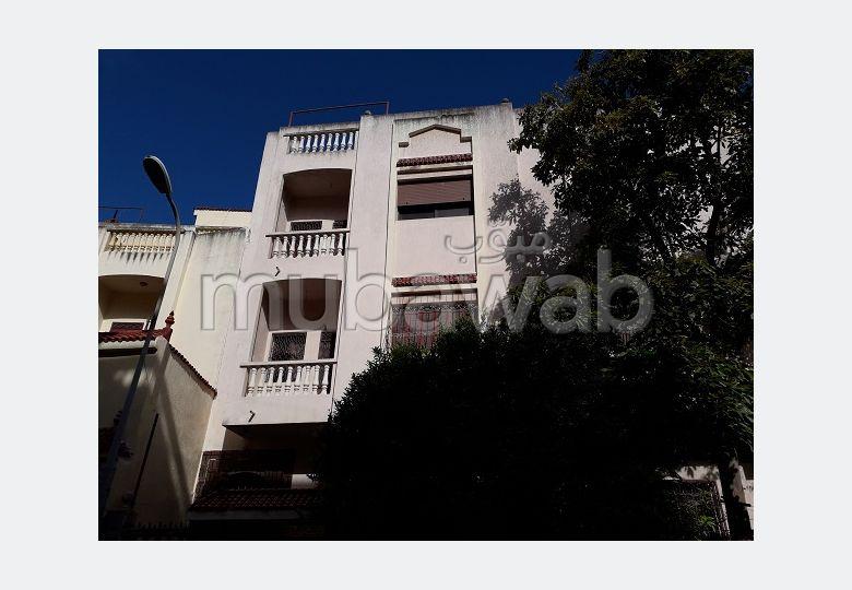 Villa à 2 façades au quartier Branes
