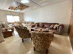 شقة رائعة للبيع بمراكش. المساحة الإجمالية 138 م². شرفة كبيرة.