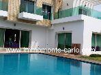 Très jolie villa d'architecte avec piscine à Souis