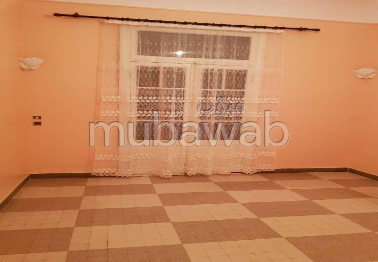 Appartement a louer à Oran Centre