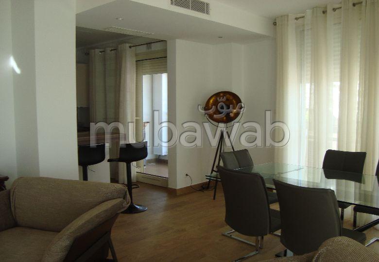 Luxueux appartement F4 à Hydra