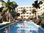 شقة جميلة للبيع بطريق اسفي. 2 غرف رائعة. حمام سباحة و نظام تكييف للهواء.