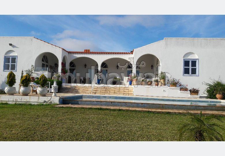 Très belle villa meublée a vendre en bonne état