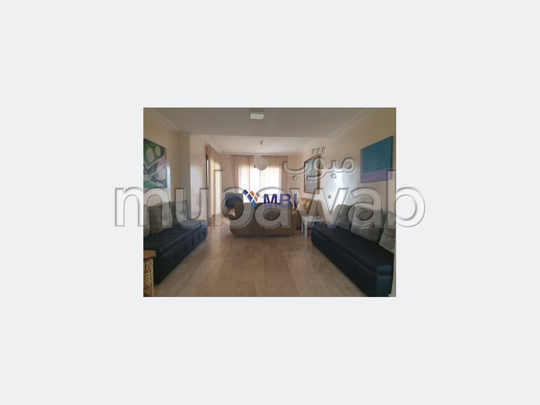 شقة مساحتها 180م²، مفروشة، شرفة، طنجة المدينة