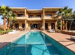 Beautiful villa for rent. 4 Master bedroom. Parking spaces and terrace.