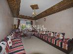 شقة مساحتها 120م²، مطبخ مجهز، شرفة، 3 غرف، جيليز