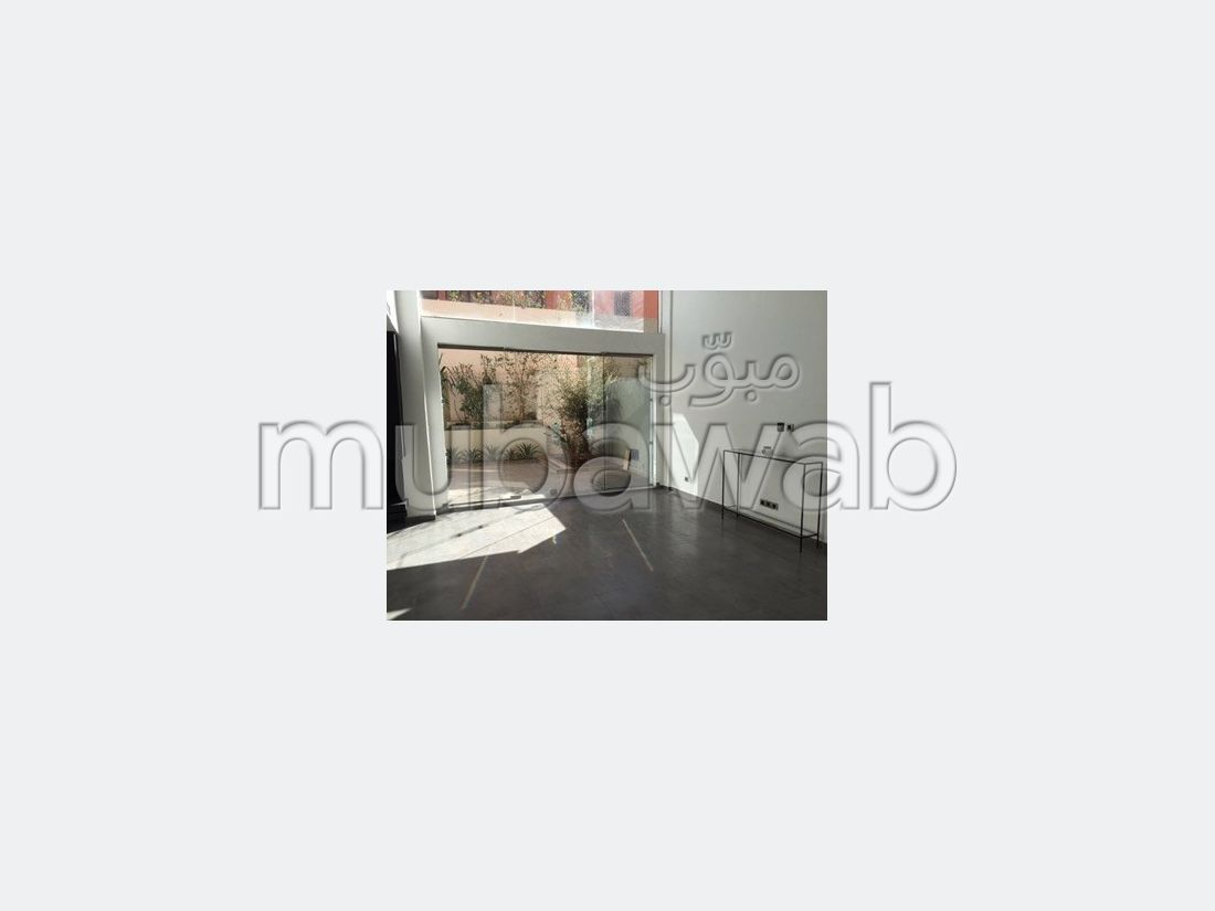 شقة، مطبخ مجهز، شرفة، 9 غرف، جيليز