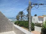 Find an apartment to buy. 3 lovely rooms. Beautiful sea view.