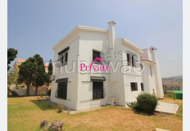 Vente Villa 660 m² BELLA VISTA Tanger Ref: VA235
