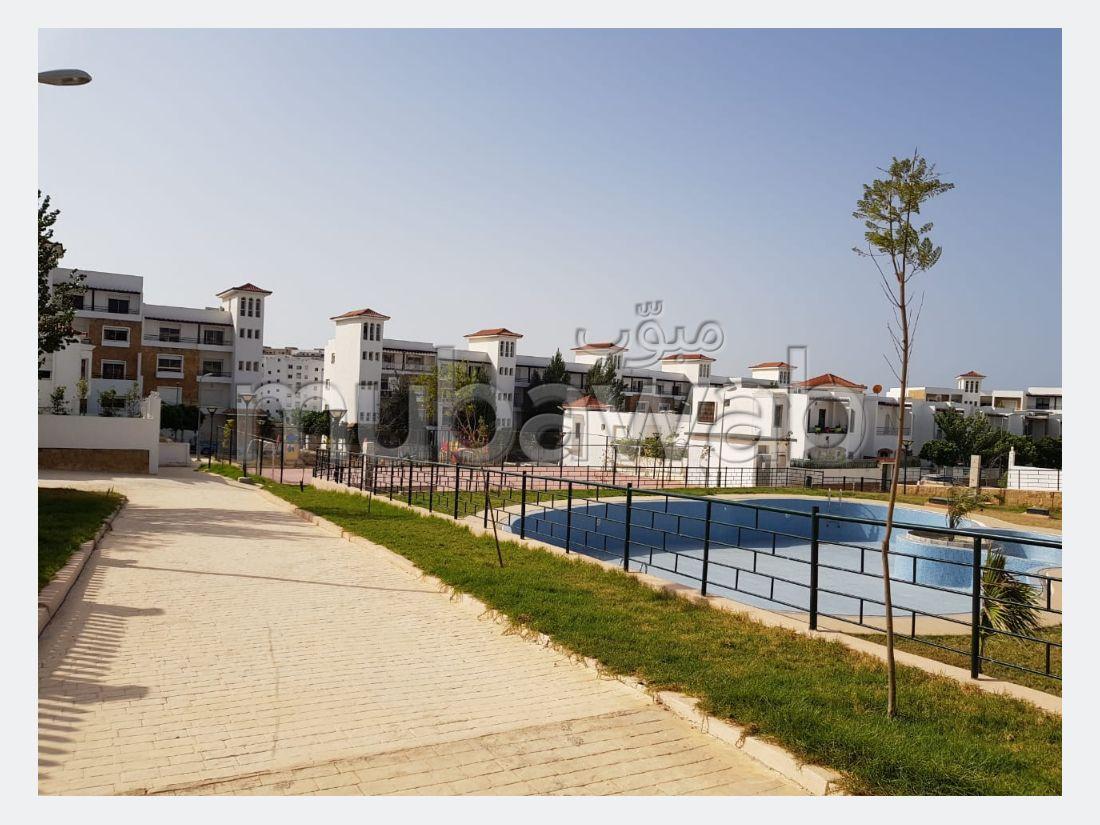 فيلا مساحتها 240م²، مسبح، 6 غرف، طنجة المدينة