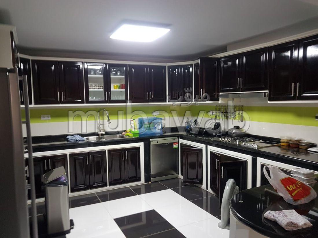 Bonne Affaire Villa de 480 m2 à Vendre à Jbel Kbir
