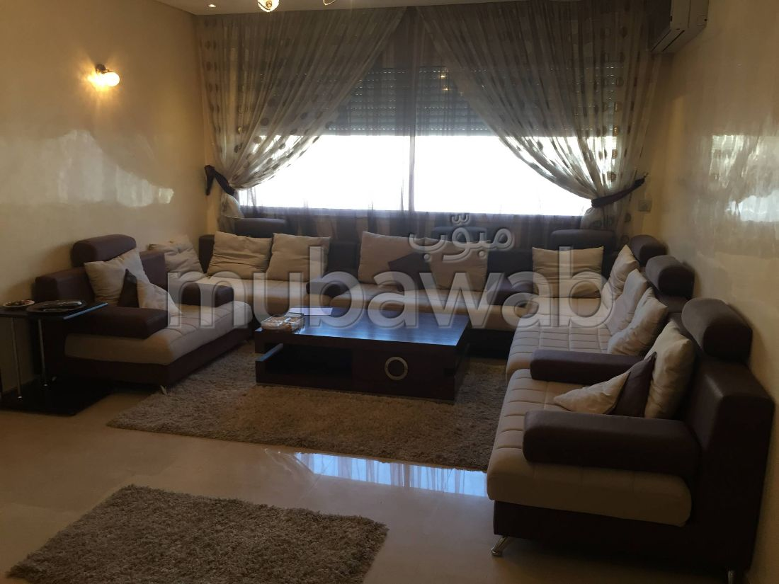 Rent this apartment in Hay Mohammadi. Surface area 110 m². Lift and parking.