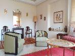 Appartementen kopen. Oppervlakte 330 m². Garage en tuin.