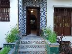 Luxury home for sale. Large area 250.0 m². Parking spaces and beautiful garden.