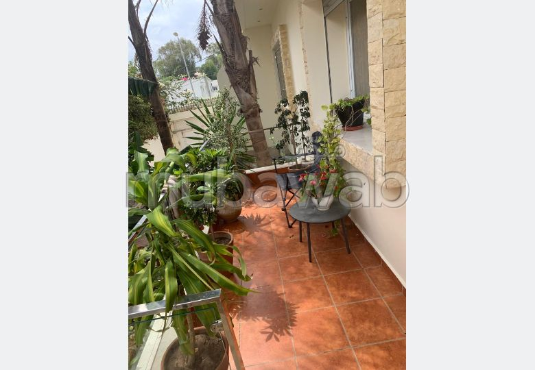 Fabulous house for sale. Surface area 500.0 m². Usable fireplace, caretaker service.